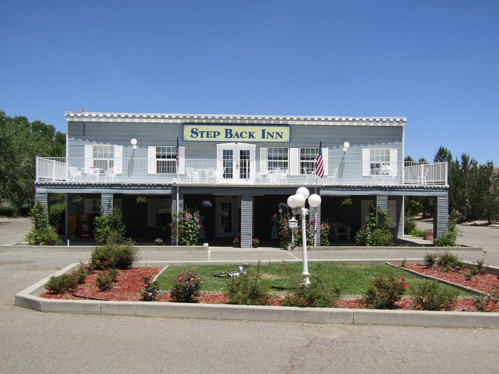 Step Back Inn: 123 W Aztec Blvd, Aztec, NM