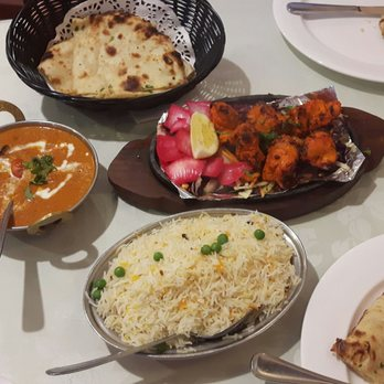 Beverly e 39 s reviews toronto yelp for Aroma fine indian cuisine toronto on canada