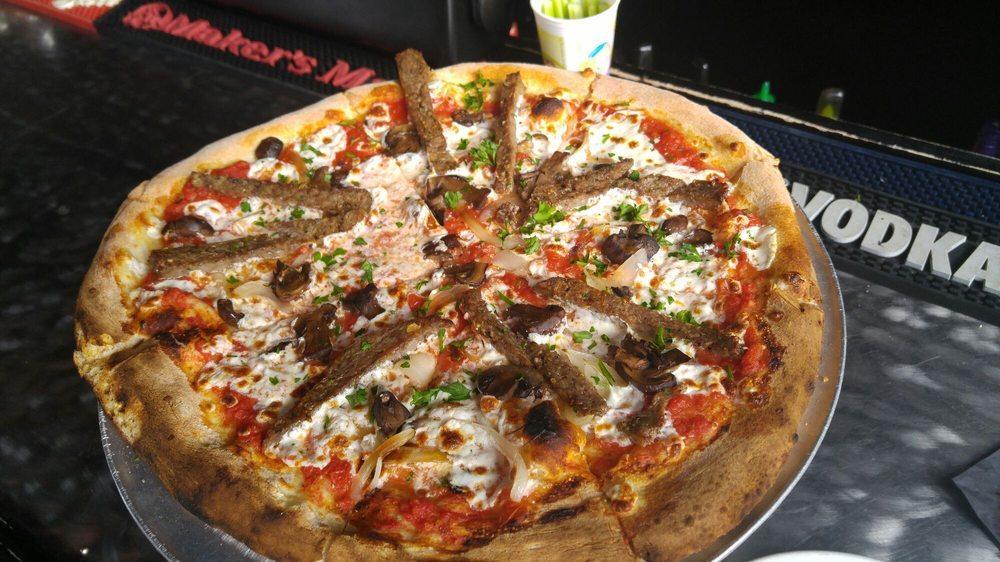 Screaming Banshee Pizza: 200 Tombstone Canyon, Bisbee, AZ