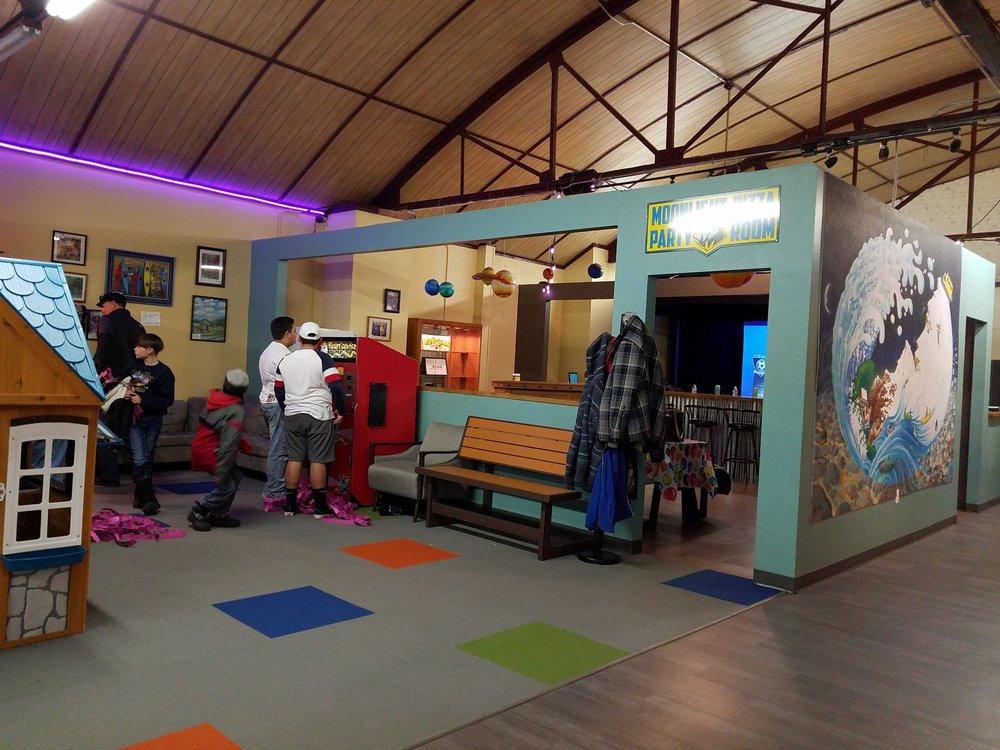 Fun Street Family Arcade: 243 F St, Salida, CO