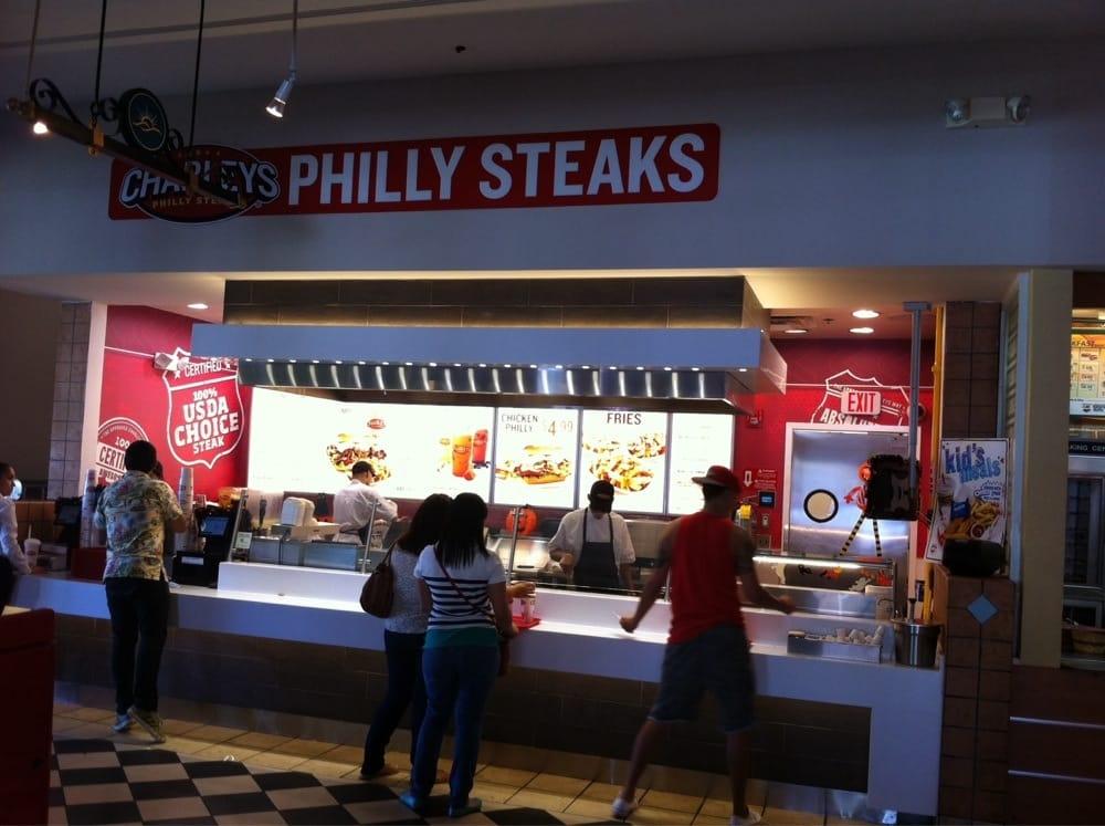 Charleys Philly Steaks: Puerto Rico 140, Barceloneta, PR