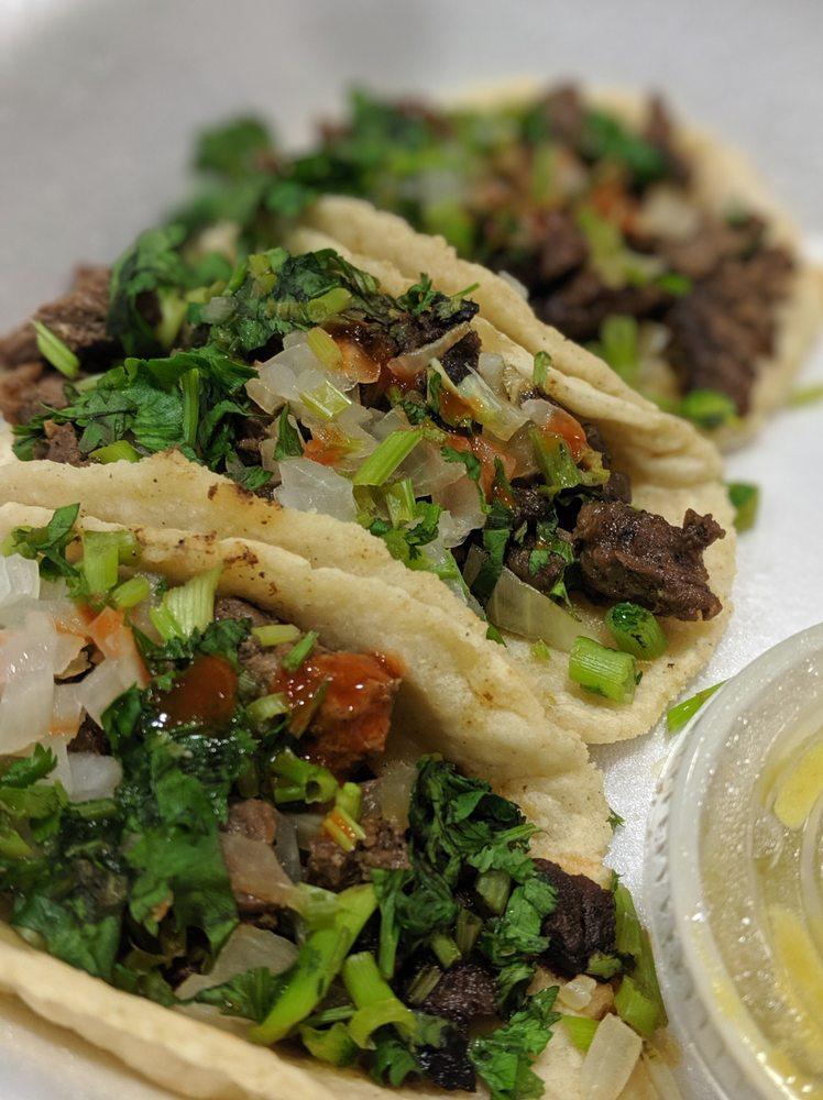 Victoria's Latin Restaurant: 151 Almedia Rd, Saint Rose, LA
