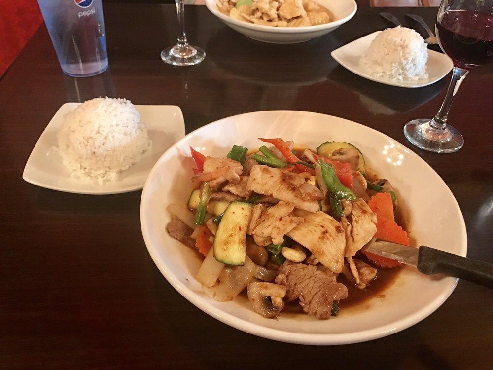 Anong s thai cuisine 88 photos 110 reviews thai for Anong thai cuisine