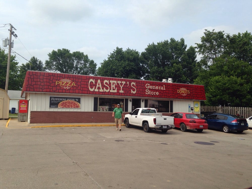 Casey's General Store: 300 E Henry St, Atkinson, IL