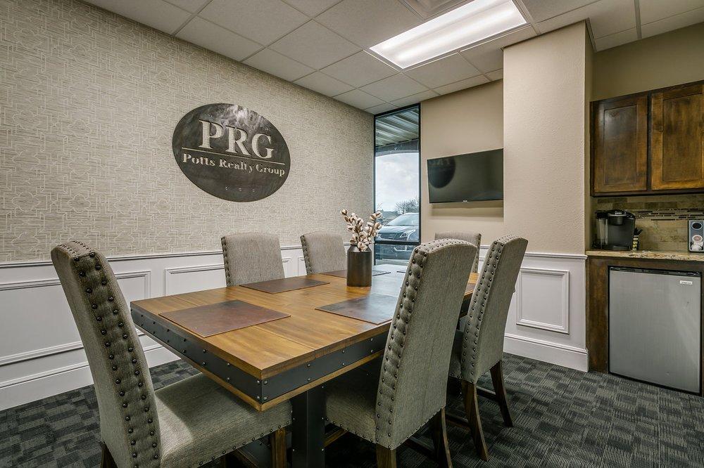Potts Realty Group: 602 N Nolan River Rd, Cleburne, TX