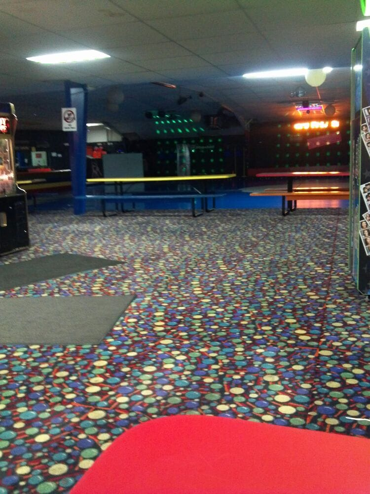 Finley's Fun Center: 1356 S Laurel Rd, London, KY