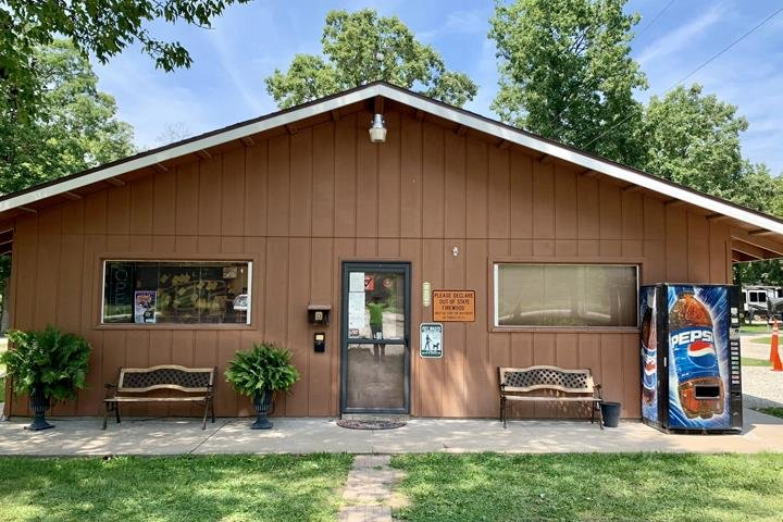 Hickory Haven Campground: 2413 353rd St, Keokuk, IA