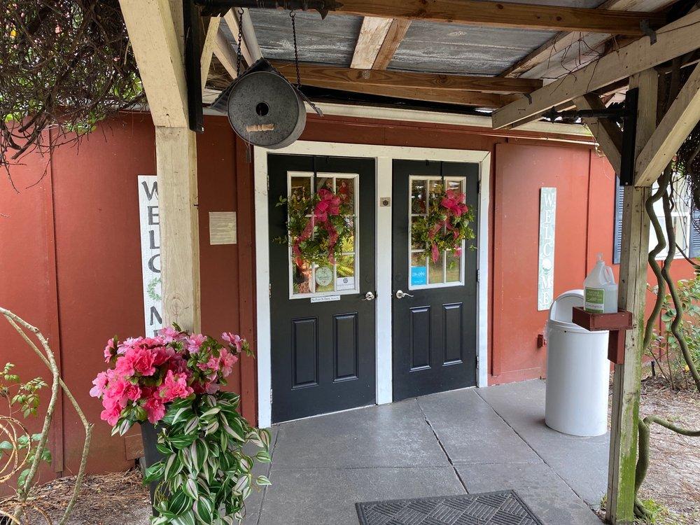 The Seasons: 101 Hwy 557A, Lake Alfred, FL