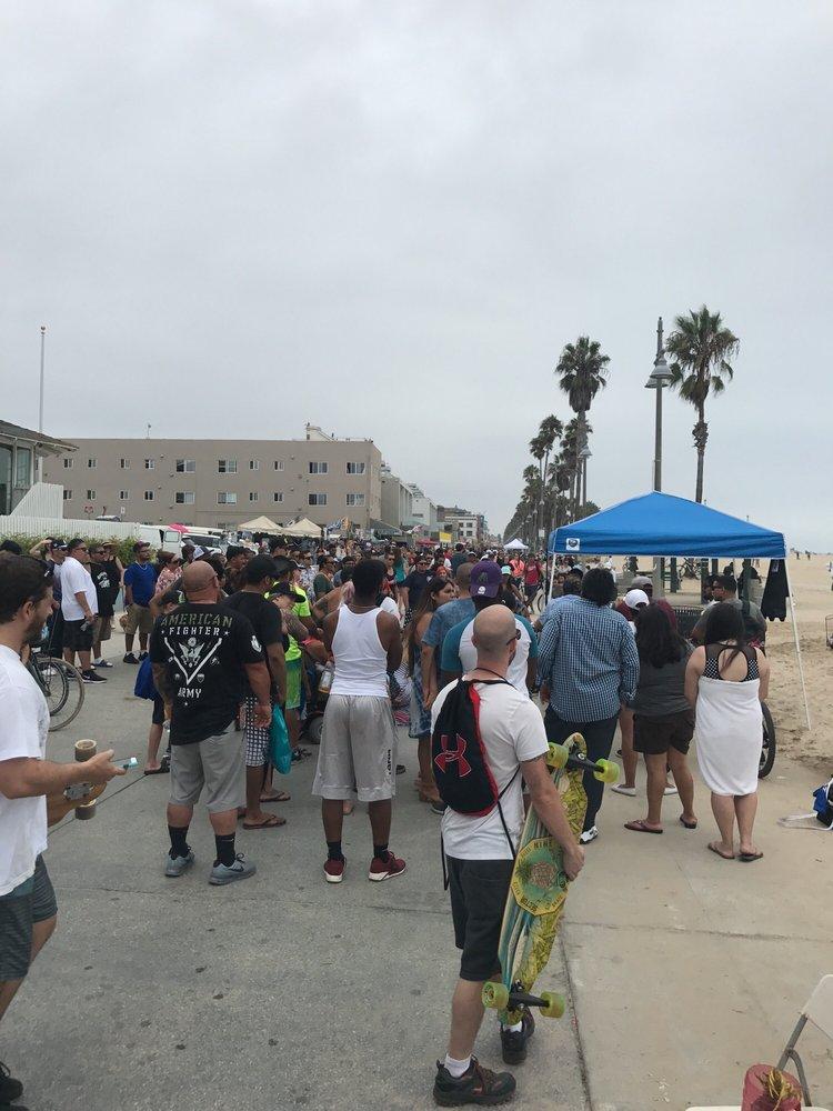 Venice Beach Bike Path: 517 Ocean Front Walk, Los Angeles, CA