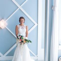 Photo Of Bright Crystal Wedding