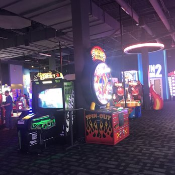 Dave & Buster's - 81 Photos & 70 Reviews - American