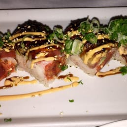 The River Palm Terrace - Edgewater, NJ, United States. Char tuna roll . FANTASTIC