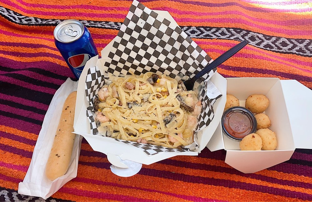 Gustoso Food Truck: 1520 West 6th St, Emporia, KS