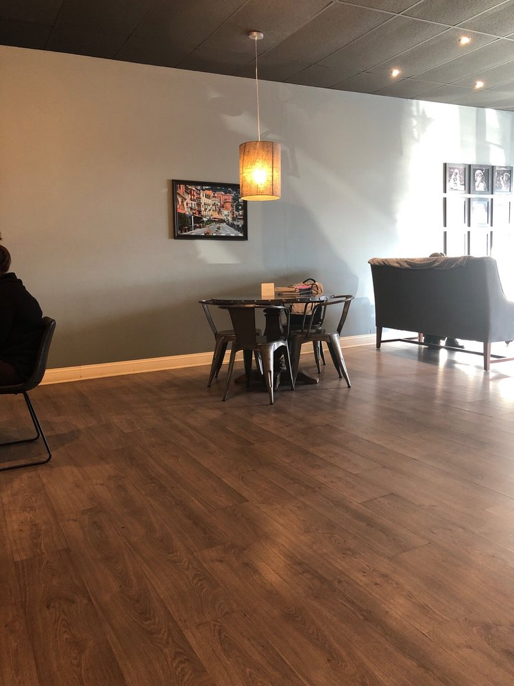 Bridgehouse Coffee: 111 W 2nd St N, Newton, IA