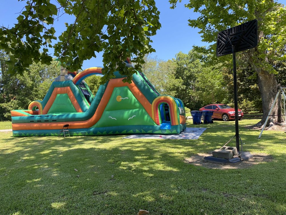 Funtime Inflatables: Chester, TX