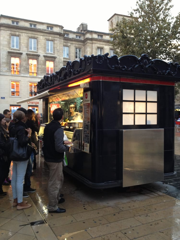 le kiosque fast food street vendors place saint. Black Bedroom Furniture Sets. Home Design Ideas