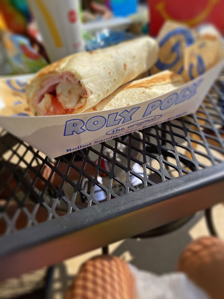 Roly Poly Sandwiches: 300 Bullsboro Dr, Newnan, GA