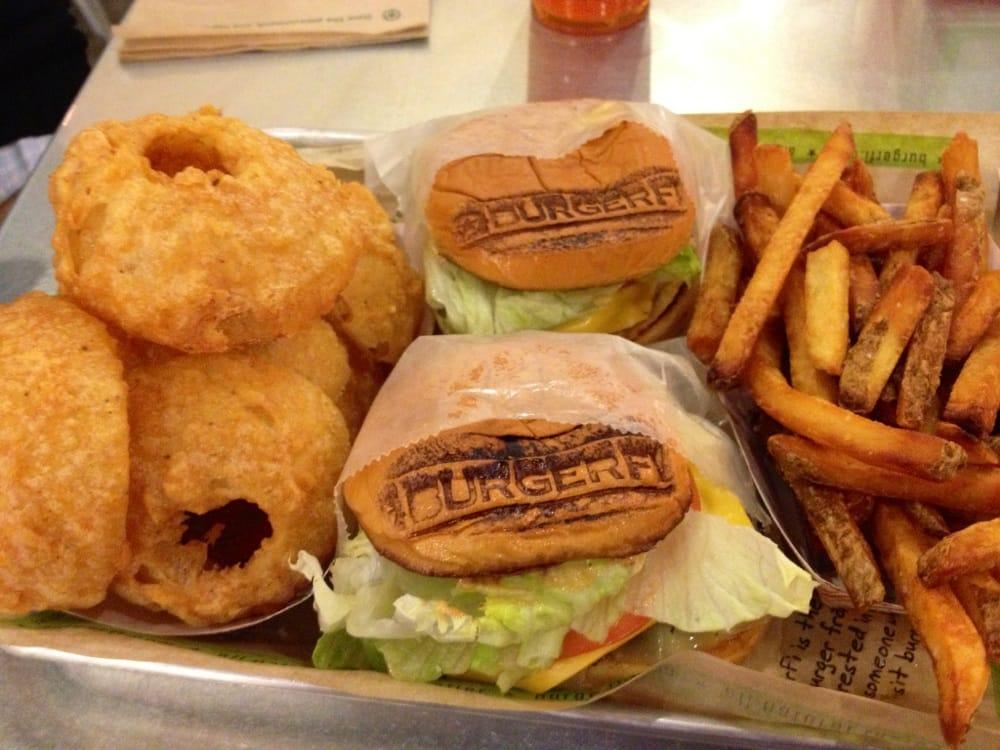 BurgerFi: 1608 Village Market Blvd, Leesburg, VA