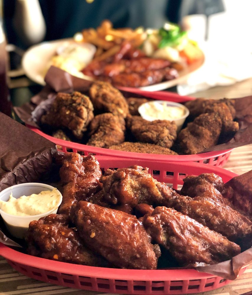 Sloppy Joe's Bar & Grill