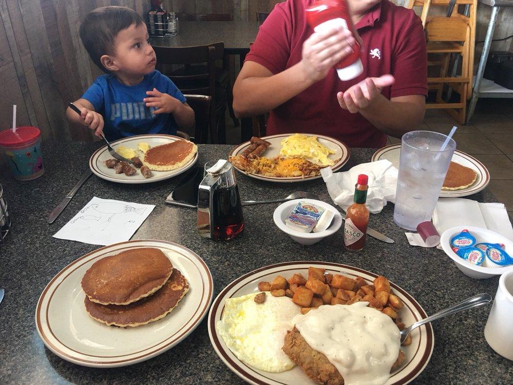 Lake Cities Cafe: 4451 FM2181, Corinth, TX