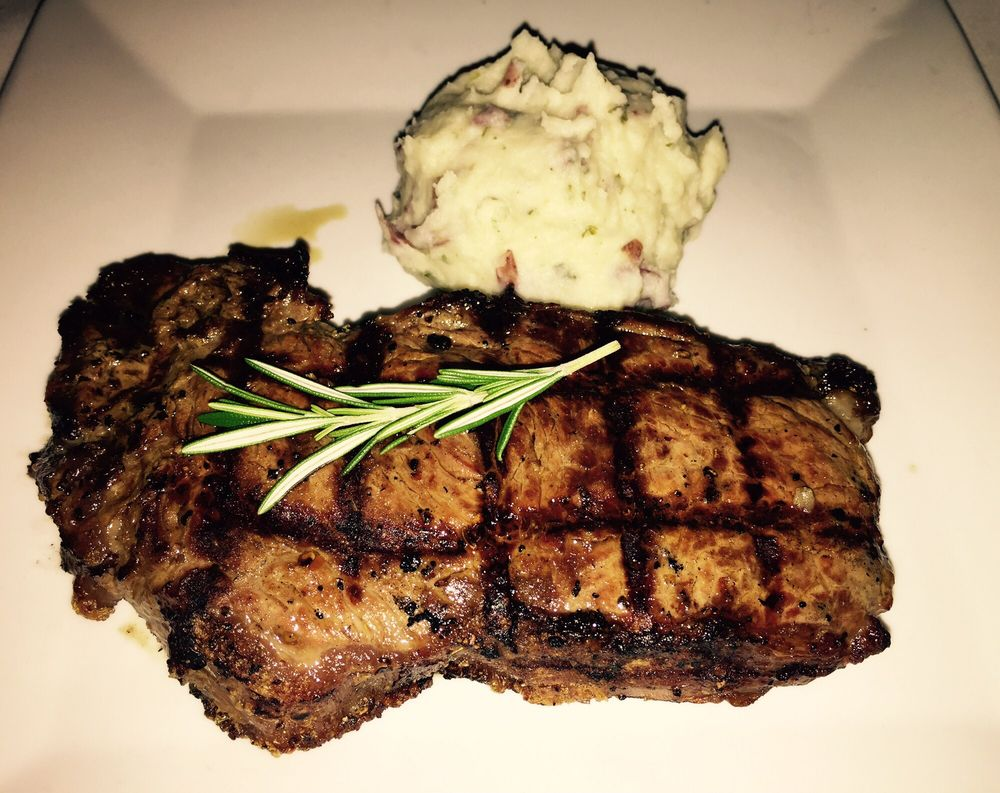 Thoroughbreds Chophouse & Seafood Grille