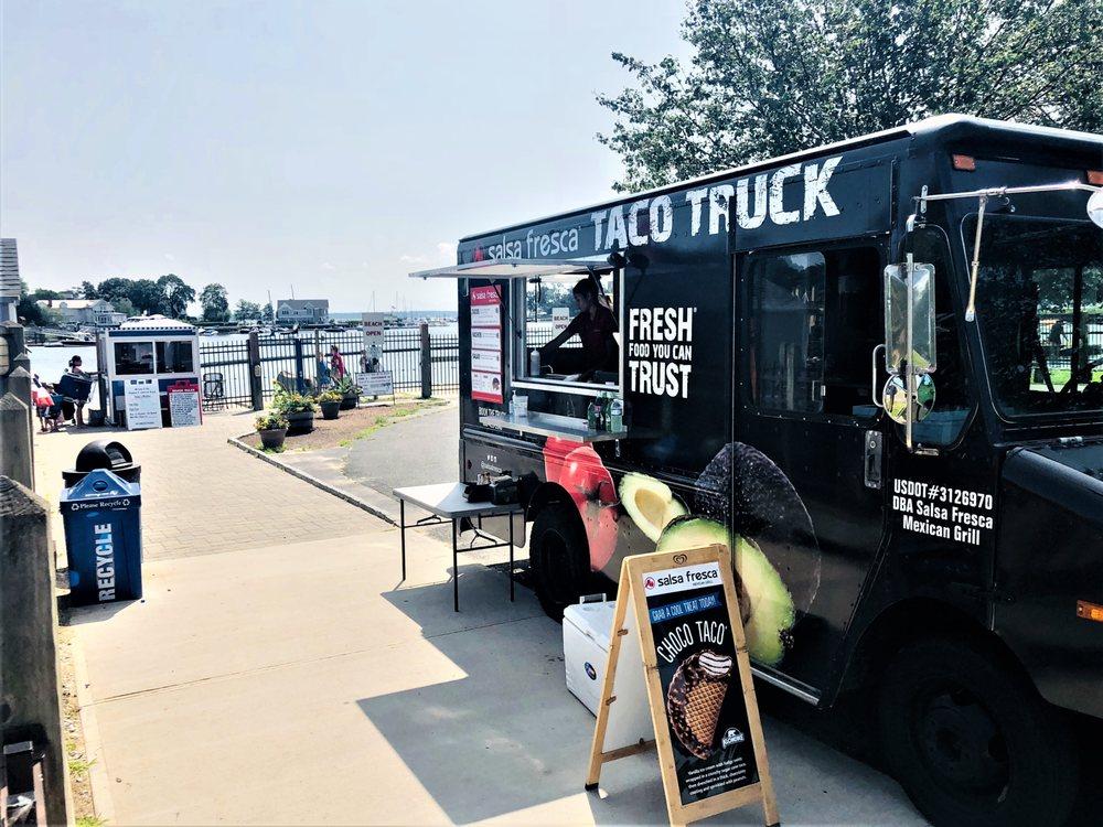 Salsa Fresca Mexican Grill Taco Truck: 720 North Bedford Rd, Bedford Hills, NY