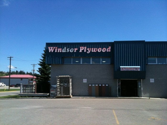 Windsor Plywood Building Supplies 4633 62 Street Red
