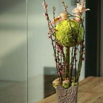 Deelynn Designs Floral Art