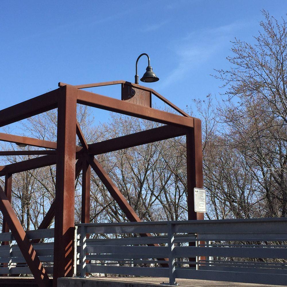 Swing Bridge Park: 4465 66th St E, Inver Grove Heights, MN