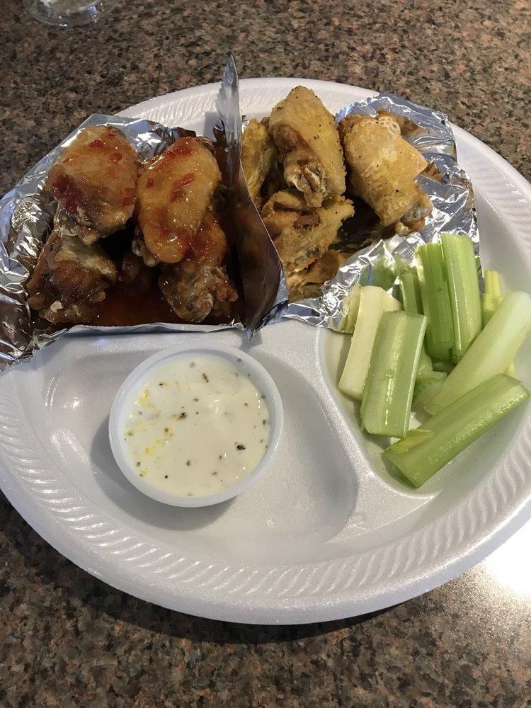 Suzie's Wings and Deli: 451 West Bankhead Hwy, Villa Rica, GA