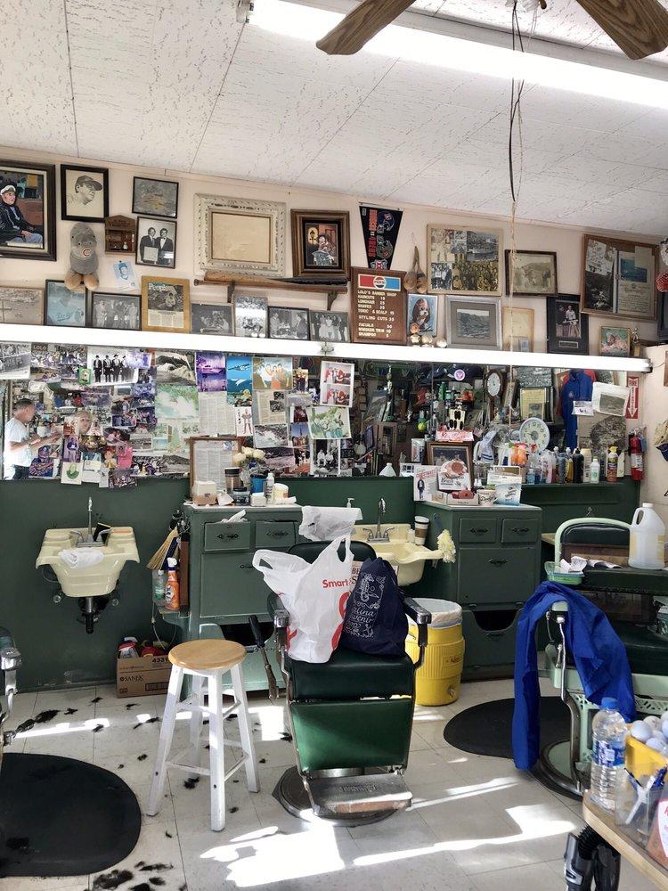 Lolo's Plaza Barber Shop: 128 Sumner Ave, Avalon, CA