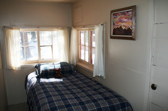 Sunshine Mountain Lodge: 18078 Hwy 7, Allenspark, CO