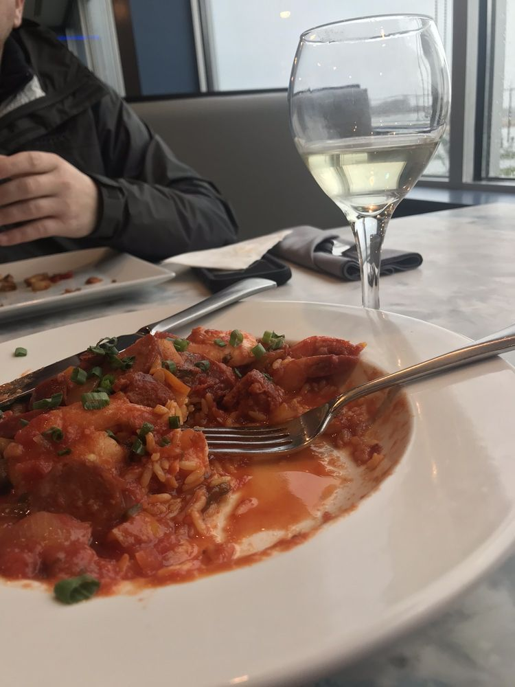 Food from The Airport Grille
