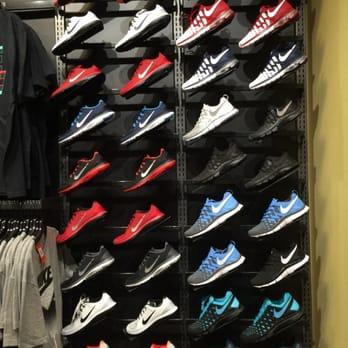 Photo Of Foot Locker   Jacksonville, FL, United States