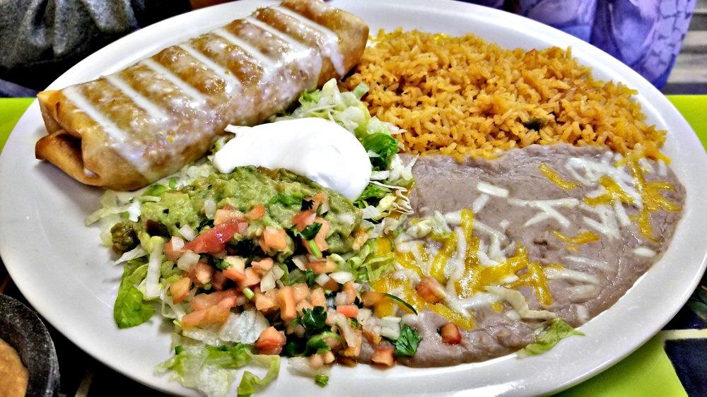 Social Spots from El Maya Mexican Restaurant