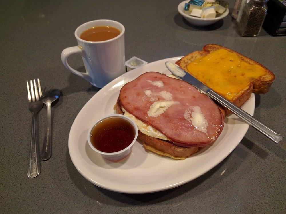 Crazy Cow Cafe: 320 W 1425th N, Beaver, UT