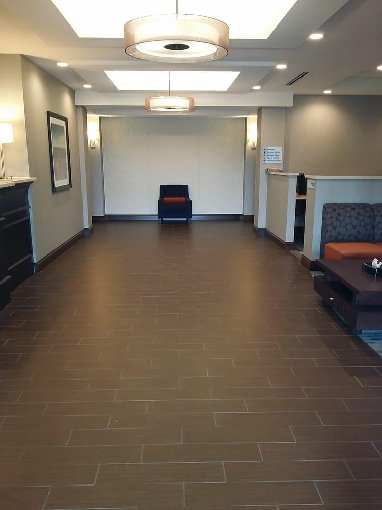 Holiday Inn Express & Suites York: 4020 S Grand Ave, York, NE