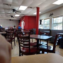 Rockets Feed 54 Photos 30 Reviews Burgers 606 Main St