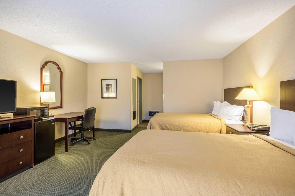 Quality Inn & Conference Center: 3450 Hwy 25B North, Heber Springs, AR