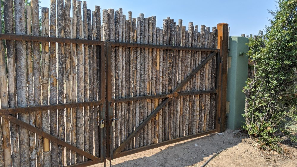 Fencing Unlimited: 755 Bosque Farms Blvd, Bosque Farms, NM