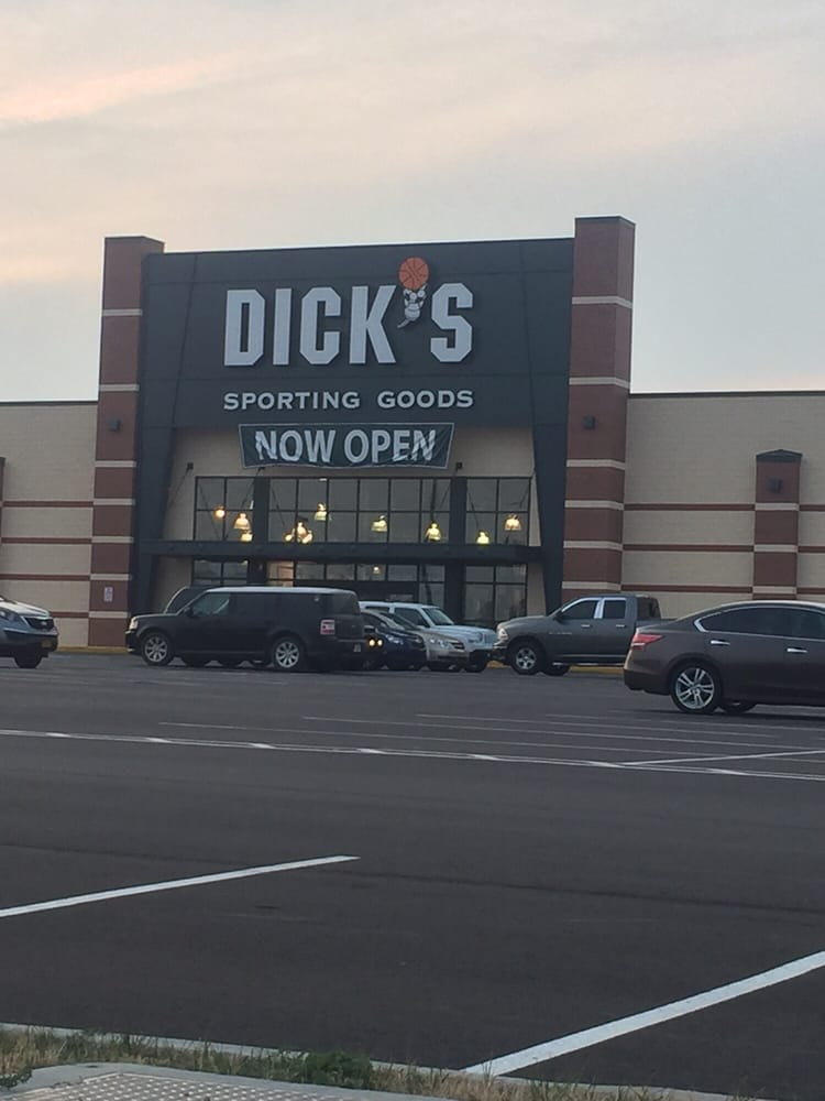 DICK'S Sporting Goods: 320 Walmart Dr, Uniontown, PA