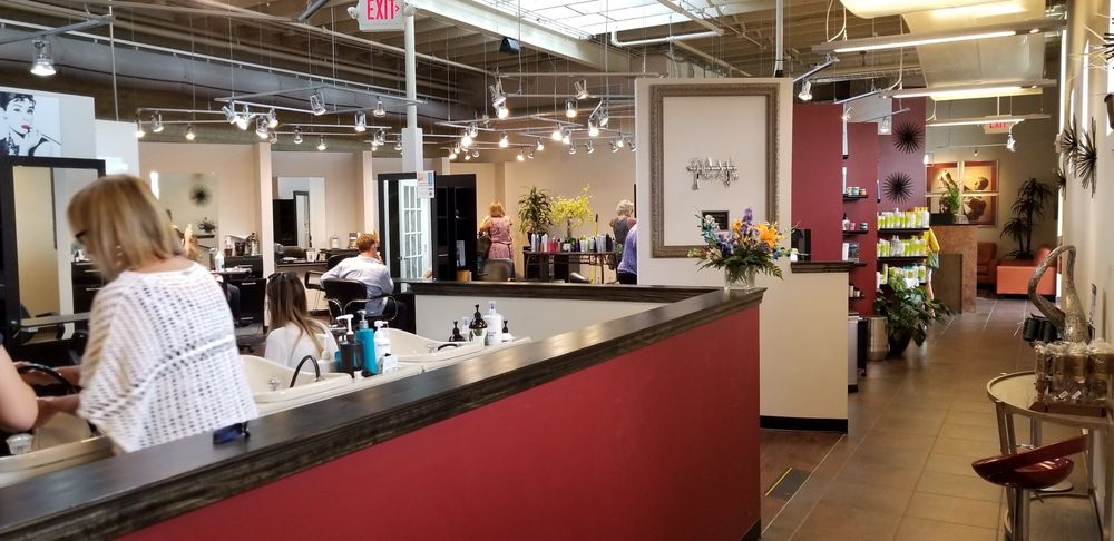 Lawrence Roth Salon: 619 N 19th St, Allentown, PA
