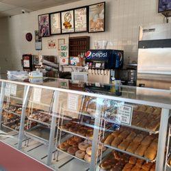 Donut Star 15 Photos 13 Reviews Bakeries 6160 Arlington Ave