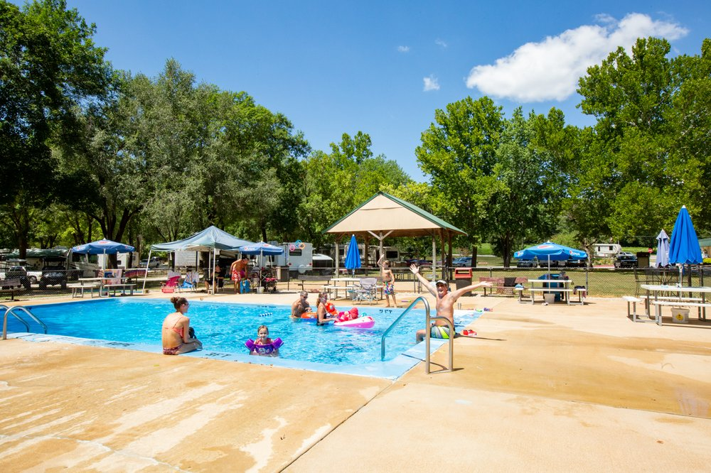Pin Oak Creek RV Park