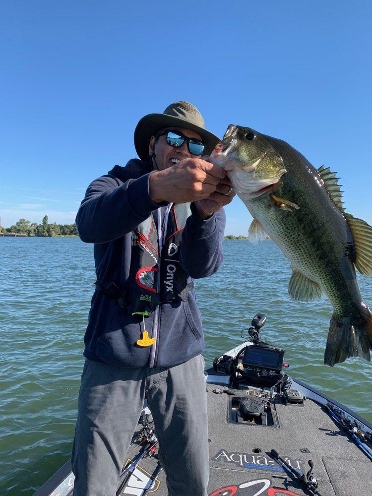 Bass Angler Guide Service: 1285 Startford Ave, Dixon, CA