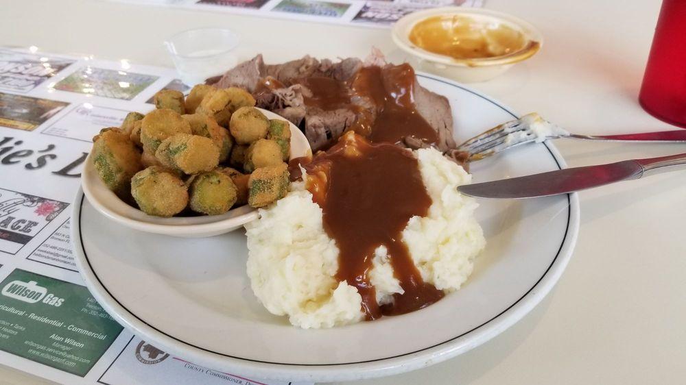 Julie's Diner: 157 N Hathaway Ave, Bronson, FL