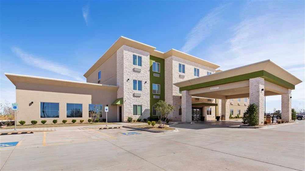 Best Western Lindsay Inn & Suites: 14114 Highway 19, Lindsay, OK