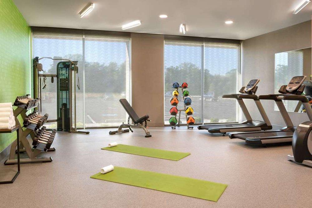 La Quinta Inn & Suites by Wyndham Braselton: 200 Kaival Ln, Braselton, GA