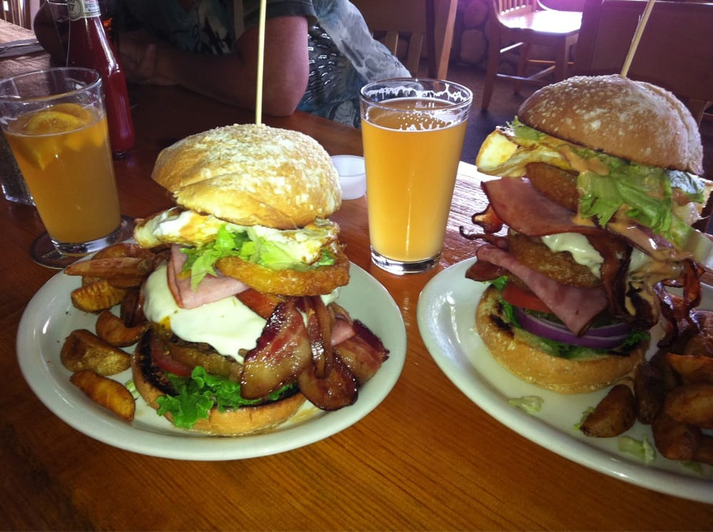The Yeti Burger At Sequoia Brewing Company Don T Bother