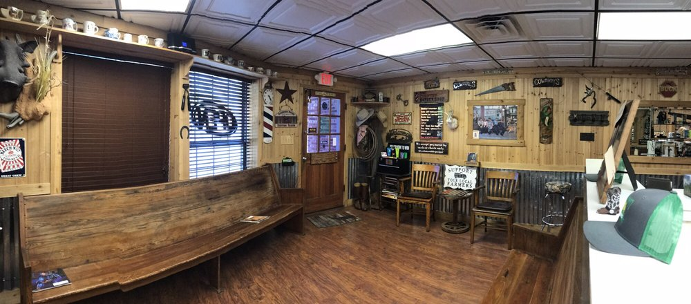 The Country Barber Shop: 1004 W Dixie Ave, Leesburg, FL